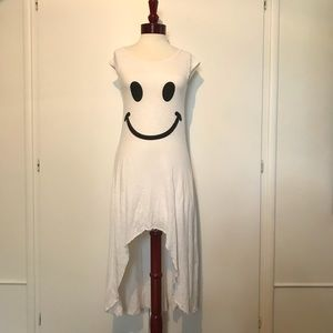White short sleeved hi-lo dress with happy face!